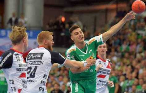 Lucas Krzikalla - SC DHfK Leipzig vs. SG Flensburg-Handewitt - Foto: Rainer Justen