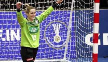 Handball WM 2019 Japan - Dinah Eckerle - Deutschland vs. Brasilien - Foto: IHF