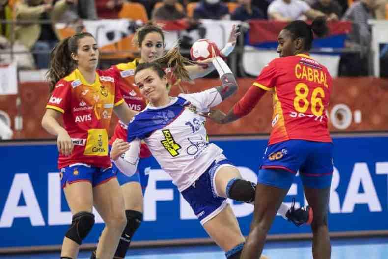 Handball WM 2019 - Russland vs. Spanien - Anna Vyakhireva (13) - Copyright: IHF