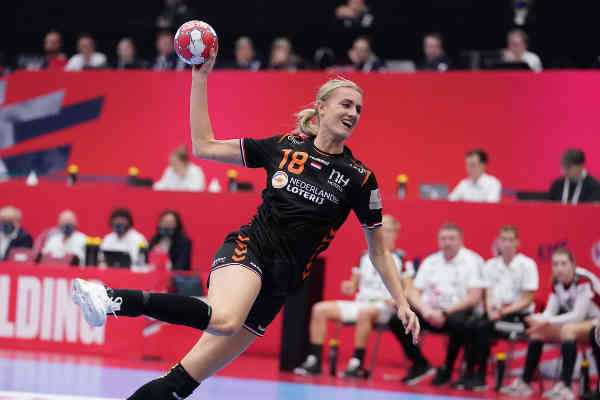 Handball EM 2020 Frauen - Kelly Dulfer - Niederlande vs. Ungarn - Copyright: Henk Seppen