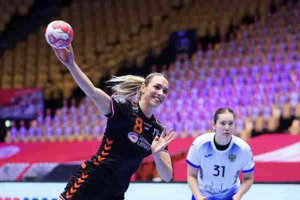 Handball EM 2020 - Lois Abbingh - Niederlande vs. Russland - Copyright: Henk Seppen