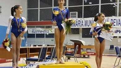 Photo of Gimnasta arădeană, Olivia Cîmpian, e campioană națională la junioare!