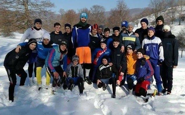 La 20 de ani, Ciocan, revenit de la Sebiș, crește media de vârstă a Ineului. 25 de fotbaliști trag tare la Moneasa