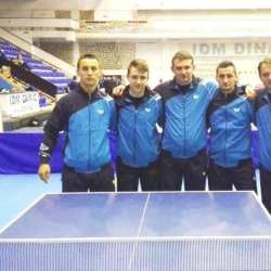Weekend cu doar patru seturi luate de echipele de tenis de masă ale CSM-ului. Totuși, băieții păstrează șanse de promovare în Superligă!