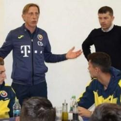 """Petre a făcut primul antrenament sub comanda lui Isăilă și s-a întâlnit cu Daum: """"Sunteți norocoși că jucați fotbal!"""""""