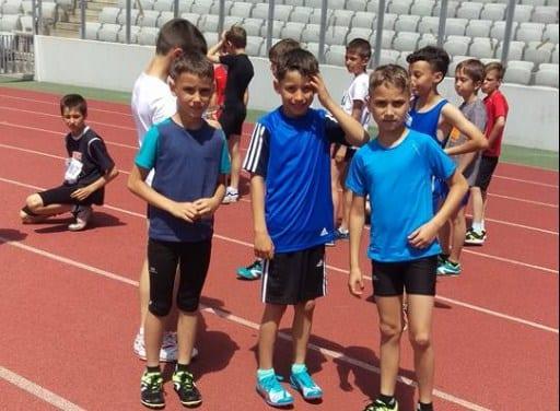 Secția de altletism a CȘS Gloria atacă faza națională rezervată copiilor cu nouă sportivi!