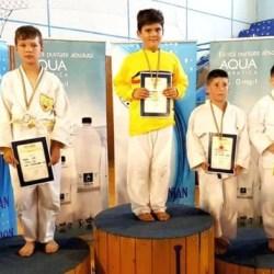 Judoka CSM, CSȘ și Unirea Sântana au adunat medalii la naționalele Under 10 și 11
