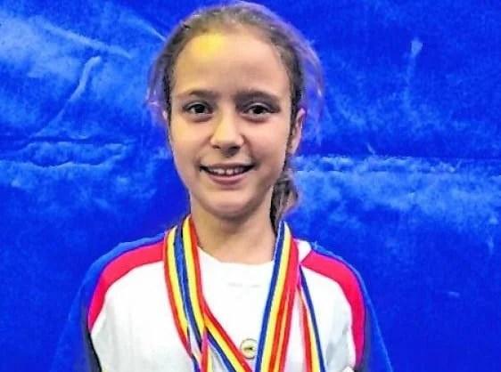 18 medalii naționale pentru halterele AMEFA-ei