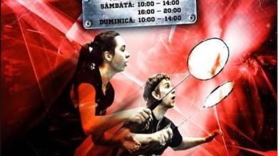 """Photo of A început """"Romanian Junior"""" la Arad! Trei zile de  badminton pe parchetul Sălii Polivalente"""