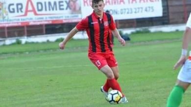 """Photo of Liga III-a (seria a 4-a), etapa a 28-a: Costin o ține pe Reșița în joc, Șirineasa defilează cu puștii """"tricolori"""""""