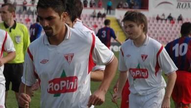 """Photo of Foștii colegi, Gligor și Siminic, printre protragoniștii ultimului derby arădean al anului în Liga 3-a: """"Respect până la puncte!"""""""