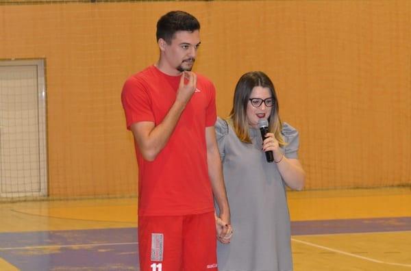 Fotbal caritabil: Adi Petre și prietenii săi pun umărul la renovarea Secției de Pediatrie 2