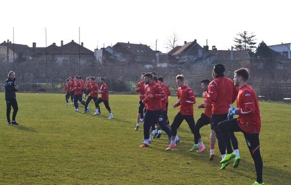 28 de fotbaliști la reunirea UTA-ei: Bodea, Buia, Petra și David Popa – cele mai importante nume la capitolul noutăți