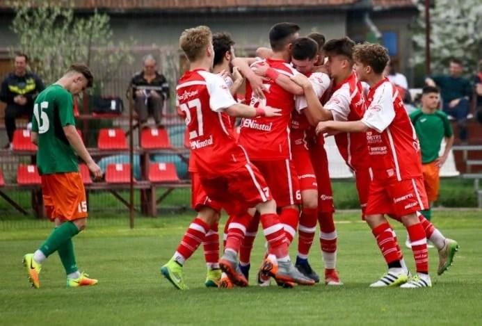 Lideri și după vizita unei echipe de podium: UTA Under 17 - Ardealul Cluj  2-1