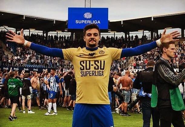 Petre, titular la debutul în prima ligă daneză