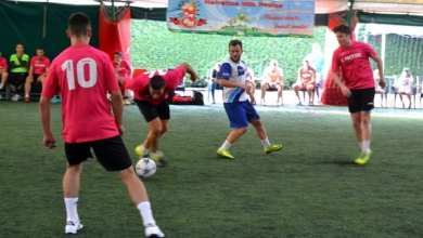 """Photo of Șimandul a ieșit din cursă după prima zi a """"zonei"""" de mini-fotbal de la Arad, Premiere și Luciano – îndreptățite să spere la finală"""