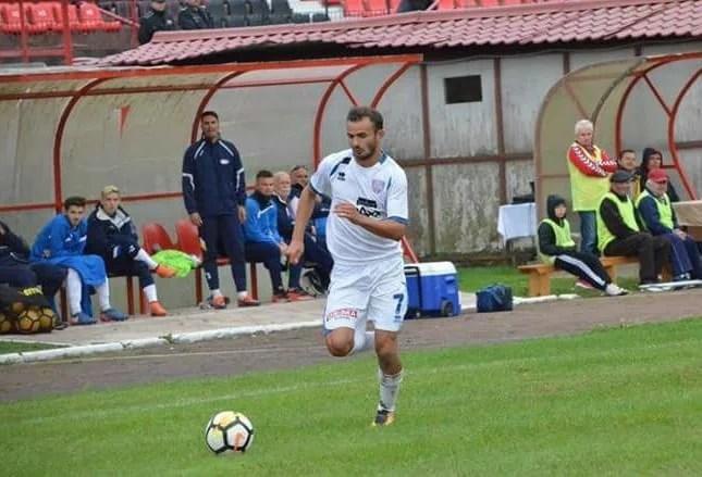 Fostul golgheter al Sebișului întărește o rivală: Săulescu a semnat cu Reșița, urmează Enciu?