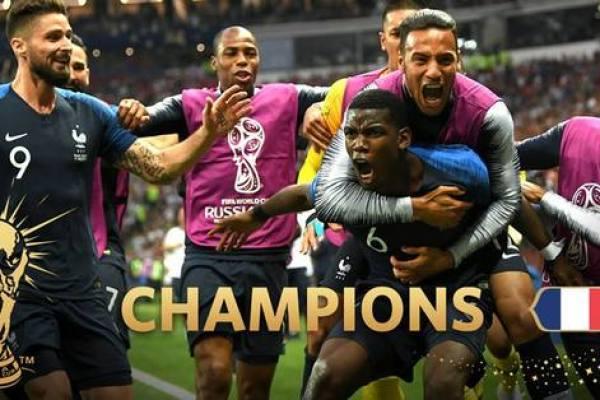 """""""Celești"""" – cocoșiți fără Cavani și cu """"Canibalul"""" Suarez declarat pierdut în careul lui Lloris! Franța – prima semifinalistă a Mondialelor"""