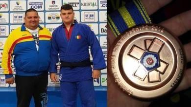 """Photo of Arădeanul David Nagy – în echipa României medaliată cu bronz la """"europenele"""" de judo rezervate cadeților"""