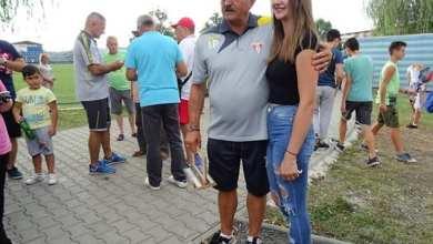"""Photo of Magnet """"roș-alb"""" pe Valea Mureșului: UTA a strâns peste 400 de spectatori de toate vârstele la Ilia într-un amical fără istoric"""