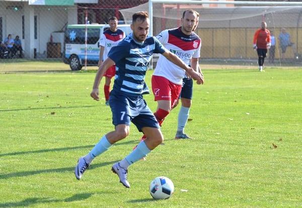 """Sulea, la primele goluri oficiale pentru """"șoimi"""": """"Să înscriu mai mult decât la Cermei, iar Lipova să ocupe un loc mai bun decât cel de anul trecut"""""""