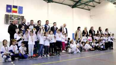 """Photo of Prima ediție a """"Arad Kids Cup"""" a adus pe parchetul Sălii UAV-Mihai Botez șapte echipe de la Grădinițe și Școlile Pregătitoare"""
