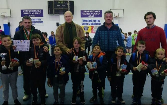 """Liceul Tehnologic Vinga a câștigat a doua ediție a """"Nicholas Indoor Cup"""""""