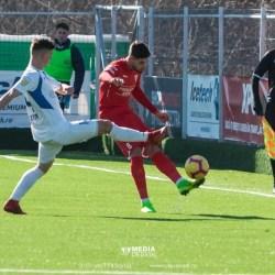 Iarba naturală face minuni, dar antrenorii utiști au pregătit planul B în cazul în care Melinte, Neagu sau Copaci nu pot juca la Timișoara