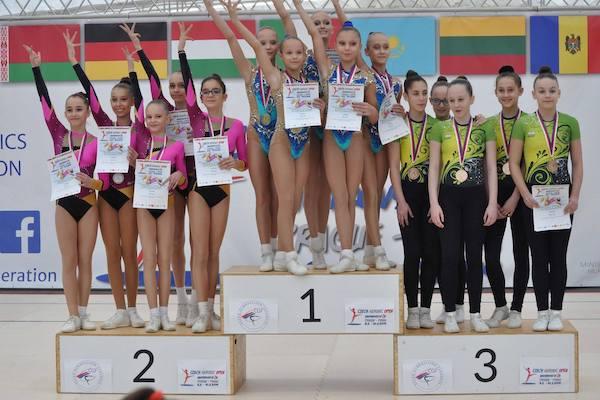 Gimnaștii de la CS Universitatea și Urania s-au întors cu 11 medalii de la Openul Cehiei