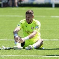 """Portarii nu sunt sub acuză la UTA: """"Bodea a scos două mingi grele în prima repriză cu Chindia, fără ca asta să scuze greșeala de la golul doi"""""""