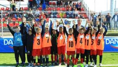 """Photo of Echipa școlii """"Aurel Vlaicu"""" reprezintă Aradul la Cupa Hagi Danone 2019!"""