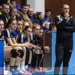 """Despărțire cu derby pentru handbalistele Crișului: """"Neavând presiune, sperăm să facem un joc bun și să evităm accidentările"""""""