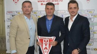 """Photo of Laszlo Balint o va antrena pe UTA din sezonul următor: Fostul fundaș a fost prezentat la serata de la """"Central"""""""