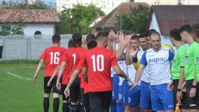 """Photo of Crișul, ținută pe locul 7 de o formație a Unirii Alba Iulia aflată cu cuțitul la os: """"Remiza nu reflectă jocul din teren, la anul vrem să facem mai mult"""""""
