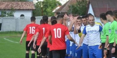 """Crișul, ținută pe locul 7 de o formație a Unirii Alba Iulia aflată cu cuțitul la os: """"Remiza nu reflectă jocul din teren, la anul vrem să facem mai mult"""""""