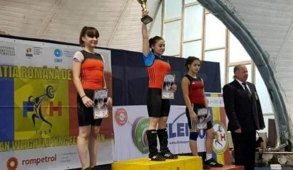 CSM-ul are patru medaliați la Cupa României de haltere - tineret: Gărgar - performera delegației arădene