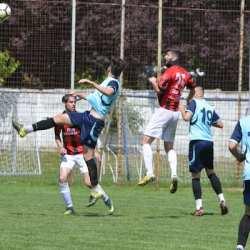 """Fundașii """"roș-negrilor"""" au întors reușitele de excepție ale lui Ardelean: CS Glogovăț - Unirea Sântana  2-3"""