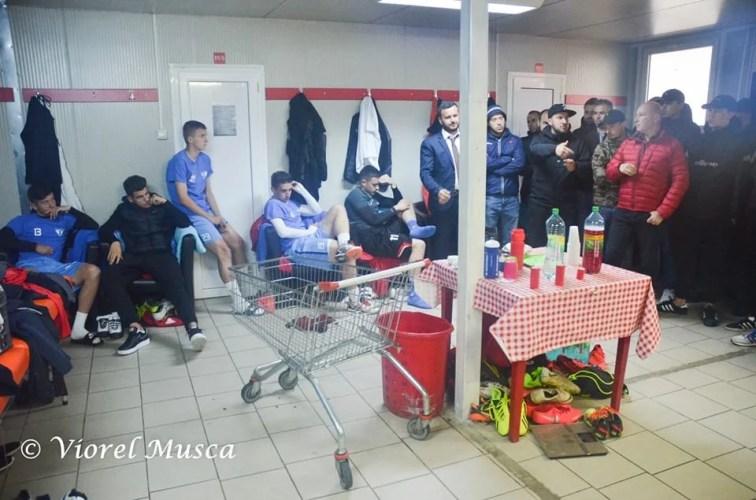 """Efectul vizitei suporterilor în vestiarul UTA-ei după derby-ul pierdut cu Poli: """"Unii jucători au fost șocați, dar în cele din urmă au înțeles demersul"""""""