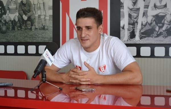 """Cipri Rus - unul dintre puținii supraviețuitori din campionatul trecut, la UTA: """"Lumea are mari așteptări de la noi, concurență benefică cu Buhăcianu"""""""