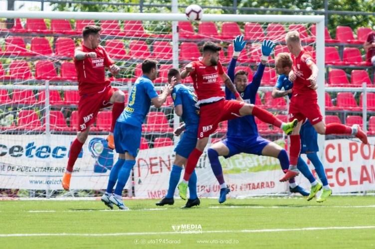 """Misterul fotbaliștilor din vechiul lot care continuă cu Balint se prelungește: """"Toți sunt sub contract cu UTA până pe 30 iunie, important e că avem tineri de valoare"""""""