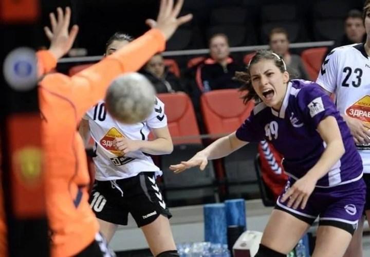 Milica Golusin, prima handbalistă străină din lotul Crișului!