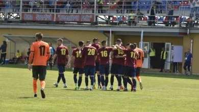 """Photo of Bihorenii au făcut ultima repetiție, """"alb-albaștrii"""" sunt încă la faza jocurilor tematice: Luceafărul Oradea – Șoimii Lipova 5-0"""