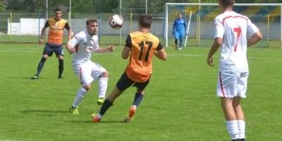 """Puștii lui Gaica și Ungur profită de lipsurile """"sămădăilor"""": UTA Elite – Gloria Lunca Teuz Cermei 2-0"""