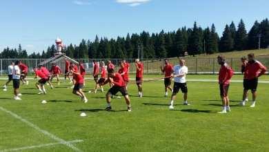Photo of Probleme în defensivă pentru Balint înainte de amicalul cu Al Fateh, utiștii se întorc mai repede din Slovenia!