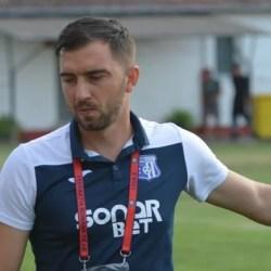 """Chiar dacă Lipova e la cota zero puncte, Sabău rămâne optimist: """"E bine că jocul merge, vor veni și golurile"""""""