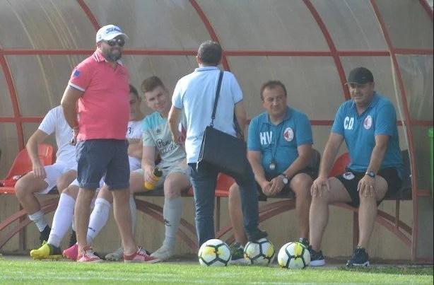 """Cuedan nu mai e antrenorul Unirii Sântana! Bătrân: """"Trebuia produs un șoc la echipă, iar unii jucători vor primi ultimatum"""""""