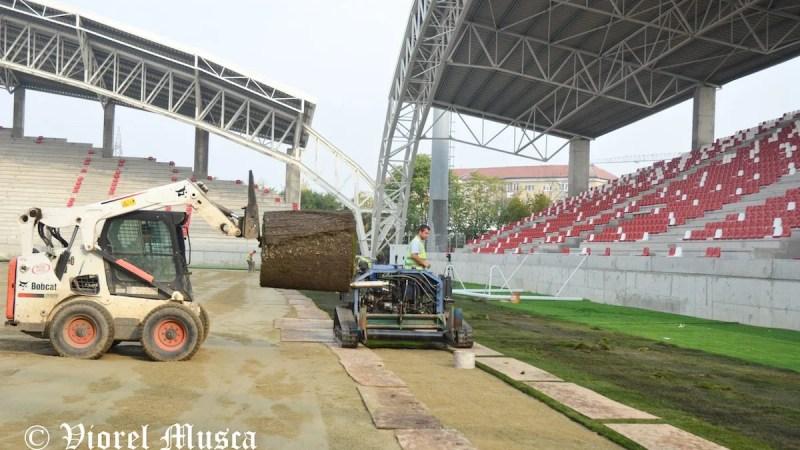 """Primăria reacționează în """"speța"""" stadionul, gazonul și băncile de rezervă, ne-am fi dorit-o mai reactivă și în ultimii cinci ani!"""