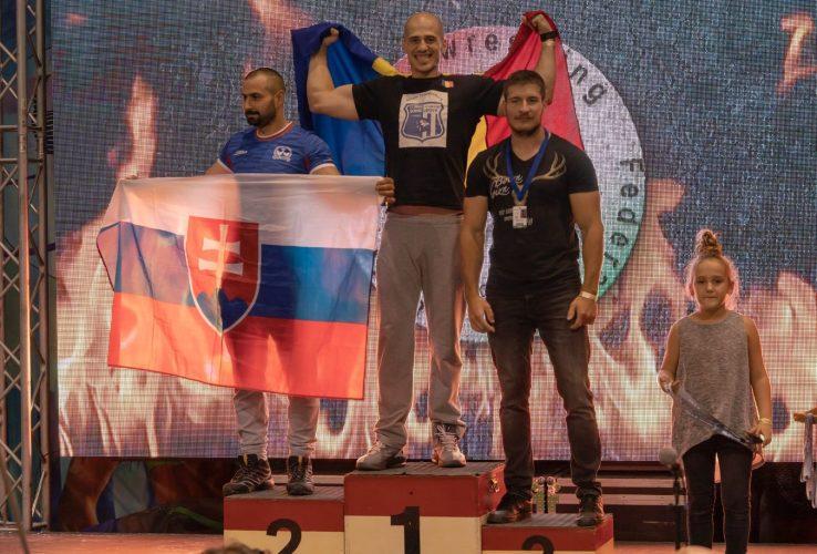 """""""Arm Wrestlerii"""" Avram și Bretean au adus medalii în contul Șoimilor Lipova"""