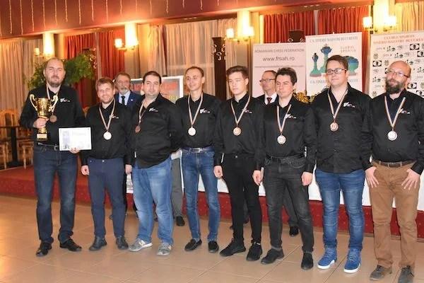 """""""Bronz"""" pentru Vados în Superliga Națională de șah: 15 ani au trecut de la precedenta medalie!"""