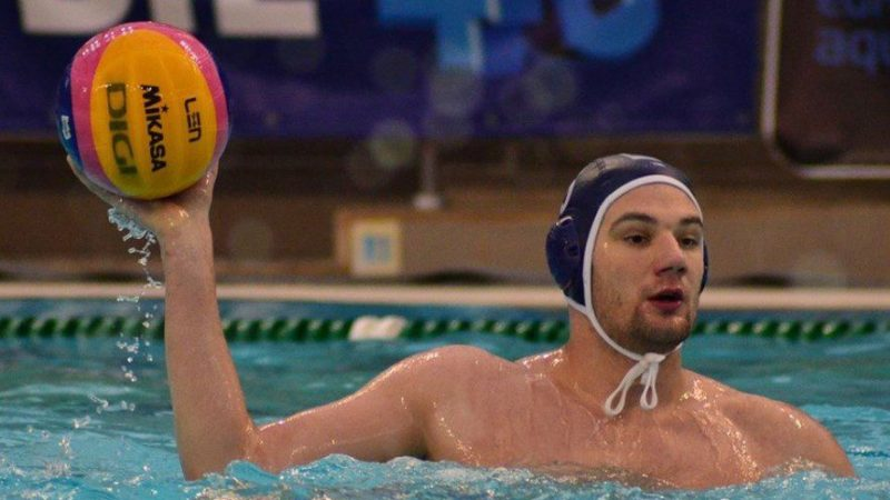 """""""Internaționalul"""" Chioveanu aduce un mare plus pentru poloiștii AMEFA-ei: """"Un jucător valoros de la care cei tineri au ce învăţa"""""""